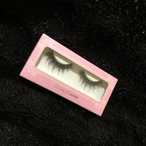 House of Lashes Featherette Lashes